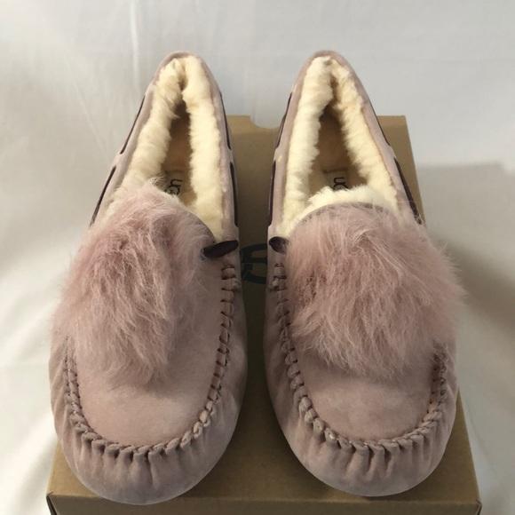 65c537755bd Ugg Women's Dakota Pom Pom Slippers. Size 11 NWT
